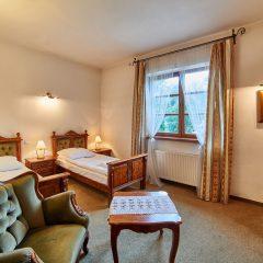Hotel Folwark Stara Winiarnia - pokój dla 2 osób