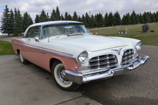 Chrysler New Yorker 1956
