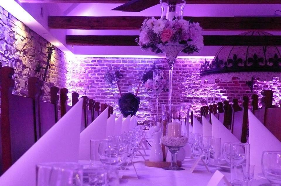 Aleja Róż dekoracja światłem Folwark Stara Winiarnia Mszana Dolna