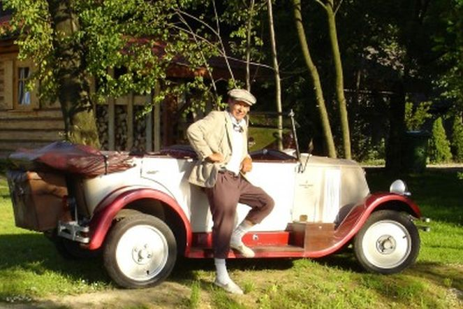 Renault Mona Sic