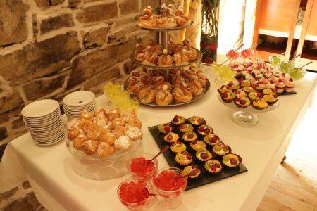 Weselny Stół Słodkości