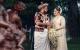 Zazwyczaj to narzeczona znajduje się w centrum uwagi w dniu ślubu. Jednak na tradycyjnym weselu na Sri Lance najprawdopodobniej nie będziesz mógł oderwać wzroku od Pana Młodego.