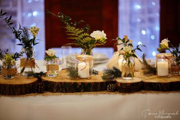 dekoracja kwiatowa boho