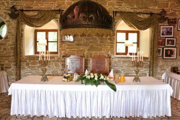 Dekoracja sali weselnej Folwark Stara Winiarnia